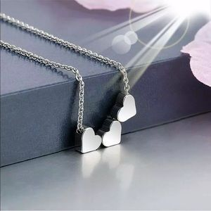 Jewelry - Silver 3 Heart Necklace